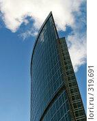 Купить «Современный небоскреб в Москва-Сити», фото № 319691, снято 11 августа 2006 г. (c) Дмитрий Яковлев / Фотобанк Лори