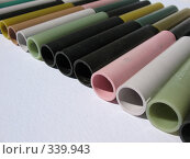 Купить «Разноцветные пластмассовые трубки», фото № 339943, снято 22 июня 2008 г. (c) Заноза-Ру / Фотобанк Лори