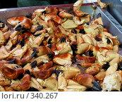Купить «Витрина. Рыбный рынок в Бергене (Норвегия)», фото № 340267, снято 15 августа 2018 г. (c) Наталья Ткаченко / Фотобанк Лори