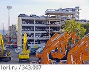 Купить «Таможенный терминал порта Владивосток», фото № 343007, снято 25 июня 2008 г. (c) Олег Рубик / Фотобанк Лори
