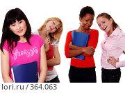 Купить «Студентки - United Color Of AndersonRise», фото № 364063, снято 25 июня 2008 г. (c) Андрей Аркуша / Фотобанк Лори