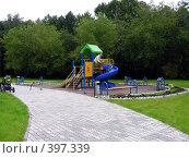Москва. Детская площадка., эксклюзивное фото № 397339, снято 6 августа 2008 г. (c) lana1501 / Фотобанк Лори