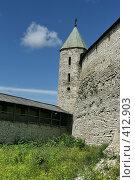 Купить «Довмонтова башня. Кремль. Псков», эксклюзивное фото № 412903, снято 15 июля 2008 г. (c) Оксана Гильман / Фотобанк Лори