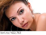 Купить «Портрет красивой девушки», фото № 422763, снято 2 июля 2008 г. (c) Сергей Сухоруков / Фотобанк Лори
