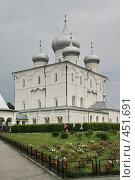 Купить «Варлаамо-Хутынский женский монастырь (около Великого Новгорода))», фото № 451691, снято 8 августа 2008 г. (c) Александр Секретарев / Фотобанк Лори