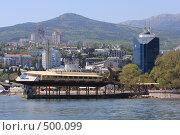 Купить «Отдых в отеле на Черноморском побережье, город Ялта», эксклюзивное фото № 500099, снято 1 мая 2008 г. (c) Дмитрий Неумоин / Фотобанк Лори