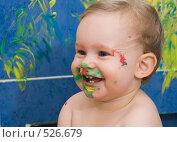 Купить «Ребенок, перепачканный краской», фото № 526679, снято 11 марта 2007 г. (c) Кирилл Савельев / Фотобанк Лори