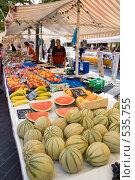 Купить «Рынок в Ницце», фото № 535755, снято 20 сентября 2008 г. (c) Asja Sirova / Фотобанк Лори
