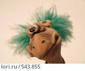 Глиняная ворона (2008 год). Редакционное фото, фотограф Антон Коршунов / Фотобанк Лори