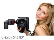 Портрет блондинки с фотоаппаратом. Стоковое фото, фотограф Павел Власов / Фотобанк Лори