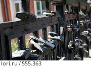 Замки на мосту. Стоковое фото, фотограф Иван Маршинин / Фотобанк Лори