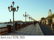 Купить «Владивосток, набережная, Японское море», фото № 578783, снято 23 сентября 2008 г. (c) Анатолий Никитин / Фотобанк Лори