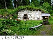 На Соловецких островах, колодец (2007 год). Редакционное фото, фотограф Владимир Горев / Фотобанк Лори