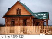 Деревянный дом. Стоковое фото, фотограф Ася Вострокнутова / Фотобанк Лори