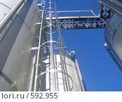 Купить «На заводе минеральной воды», фото № 592955, снято 21 ноября 2008 г. (c) Александр Бутенко / Фотобанк Лори