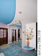 Купить «Прихожая комната. Композиция для своего дома.», фото № 596119, снято 30 ноября 2008 г. (c) Федор Королевский / Фотобанк Лори