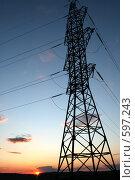 Купить «Вышка ЛЭП на фоне заката», фото № 597243, снято 25 апреля 2007 г. (c) Игорь Романов / Фотобанк Лори