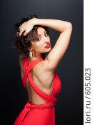 Девушка в вечернем красном платье. Стоковое фото, фотограф pshek / Фотобанк Лори