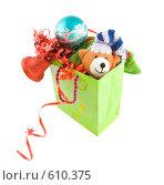 Купить «Подарочный пакет с подарками к новому году», фото № 610375, снято 5 декабря 2008 г. (c) Ольга Красавина / Фотобанк Лори