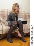 Купить «Обновка», фото № 625327, снято 18 декабря 2008 г. (c) Артем Ефимов / Фотобанк Лори