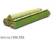 Купить «Бамбуковый матрасик для приготовления суши», фото № 656559, снято 6 января 2009 г. (c) Ирина Доронина / Фотобанк Лори