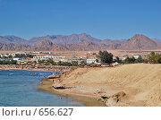 Купить «Вид на берег с отелями в Египте», фото № 656627, снято 1 января 2007 г. (c) Ирина Доронина / Фотобанк Лори