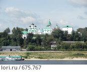 Вид с реки Оки на Спасо-Преображенский муромский монастырь (2007 год). Редакционное фото, фотограф Горская Анна / Фотобанк Лори