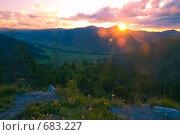 Купить «Закат на перевале Чике-Таман», фото № 683227, снято 14 июня 2008 г. (c) Селигеев Андрей Иванович / Фотобанк Лори