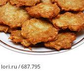 Купить «Картофельные оладьи на тарелке», фото № 687795, снято 31 января 2009 г. (c) Михаил Коханчиков / Фотобанк Лори
