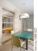 Современная кухня с мебелью. Стоковое фото, фотограф Андрей Чмелёв / Фотобанк Лори