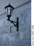 Купить «Металлический декоративный фонарь на мраморной стене», фото № 697143, снято 10 февраля 2009 г. (c) Татьяна Лепилова / Фотобанк Лори