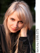Портрет красивой девушки. Стоковое фото, фотограф Константин Исаков / Фотобанк Лори