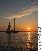Купить «Закат в Хорватии», фото № 705963, снято 2 сентября 2008 г. (c) Светлана Щекина / Фотобанк Лори
