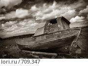 Старая лодка. Стоковое фото, фотограф Наталья Щербань / Фотобанк Лори