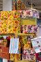 Разноцветные коробки с подарками лежат на столе, фото № 736631, снято 23 февраля 2009 г. (c) Кекяляйнен Андрей / Фотобанк Лори