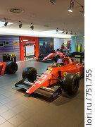 Купить «Гоночный автомобиль Формула 1 Ferrari, музей Феррари, Моронелло, Италия», фото № 751755, снято 9 июля 2008 г. (c) Александр Косарев / Фотобанк Лори