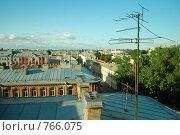 Антенна на крыше (фокус на переднем плане) Стоковое фото, фотограф Александра Яксон / Фотобанк Лори