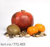 Красный, оранжевый, зеленый. Стоковое фото, фотограф Арина Соколова / Фотобанк Лори
