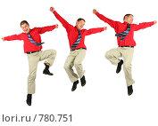 Купить «Радостный мужчина в красной рубашке», фото № 780751, снято 16 июля 2018 г. (c) Losevsky Pavel / Фотобанк Лори