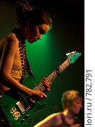 Купить «Девушка с гитарой», фото № 782791, снято 1 марта 2009 г. (c) Влад Нордвинг / Фотобанк Лори