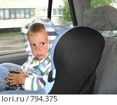 Купить «Малыш в машине», фото № 794375, снято 6 июля 2008 г. (c) Юлия Подгорная / Фотобанк Лори