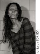 Бедная грязная девушка. Стоковое фото, фотограф Кувшинников Павел / Фотобанк Лори
