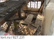 Старые стены. Стоковое фото, фотограф Данила Игнатович / Фотобанк Лори