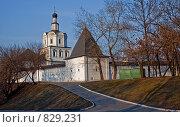 Купить «Спасо-Андроников монастырь», эксклюзивное фото № 829231, снято 12 апреля 2009 г. (c) Виктор Тараканов / Фотобанк Лори
