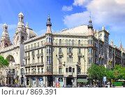 Купить «Городской вид Барселоны, Испания», фото № 869391, снято 28 августа 2008 г. (c) Vitas / Фотобанк Лори