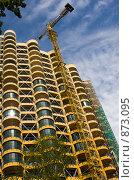 Купить «Стройка жилого комплекса в Сочи», фото № 873095, снято 13 мая 2009 г. (c) Наталья Чуб / Фотобанк Лори