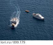 Купить «В море», эксклюзивное фото № 899179, снято 4 июля 2008 г. (c) Михаил Карташов / Фотобанк Лори