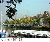 Яхты (2006 год). Редакционное фото, фотограф Александр Шкарин / Фотобанк Лори