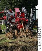 Купить «Буровая машина горизонтальной проходки», фото № 924587, снято 5 мая 2009 г. (c) Антон Алябьев / Фотобанк Лори