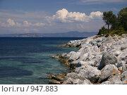 Каменный берег. Стоковое фото, фотограф Дмитрий Кашканов / Фотобанк Лори